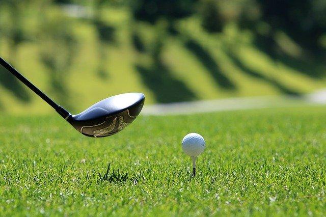 Les différents équipements pour jouer au golf